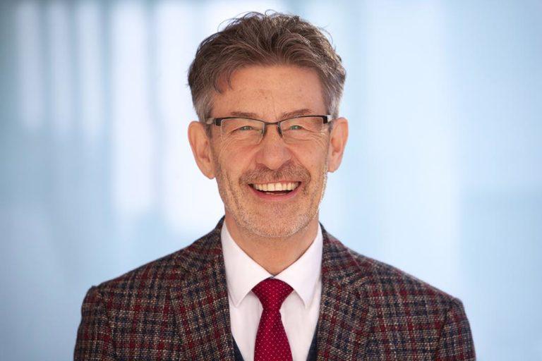 Rechtsanwalt Guido Kurtz Spezialist im Arbeitsrecht für Wiesbaden