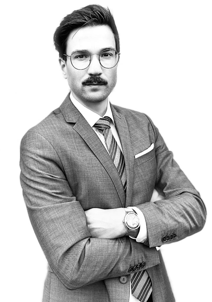 Rechtsanwalt Martin Kurtz im Strafrecht Arbeitsrecht IT-Recht Wiesbaden Taunusstein